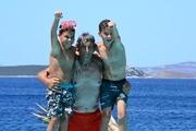 Ο μπαμπας μου κ οι γιοι μου :)) καλη σαρακοστη παιδια με υγεια!