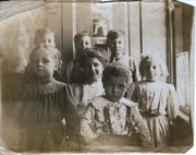 Anna Terry with Pearl and Nellie's children