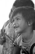 Childhood: Between Black & White 童年~黑白之間 02