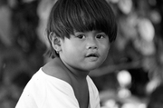 Childhood: Between Black & White 童年~黑白之間 04