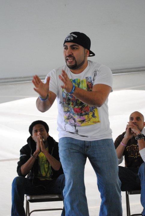 Frankie performing @ mesa