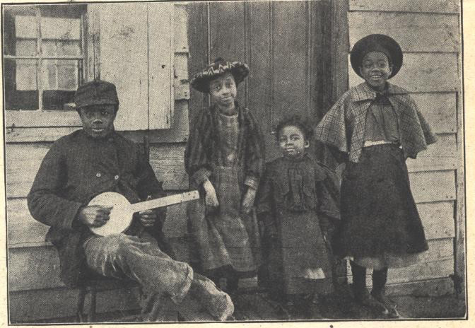 - 1905 Homemade Banjo -