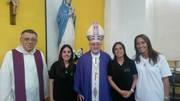 Padre Sante Cervellin, Laura Villa, Obispo Auxiliar Pedro Torres, Ale Villa y Tuty Ferrer