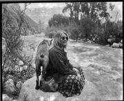 Luz María en el río de Sta. Eulalia