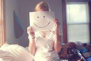 იყავი ის, ვინც მახატავს სახეზე ღიმილს...:)