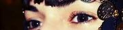 გაზაფხულის თვალები აქვს გოგონას