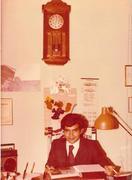 Guillermo Capellan en su despacho de Director Escuela de Inglés