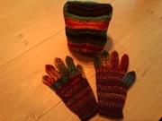 Handschuhe  und Mütze von meiner Wichtelwolle