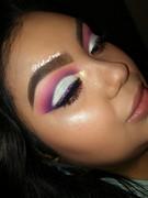 Glittee make-up