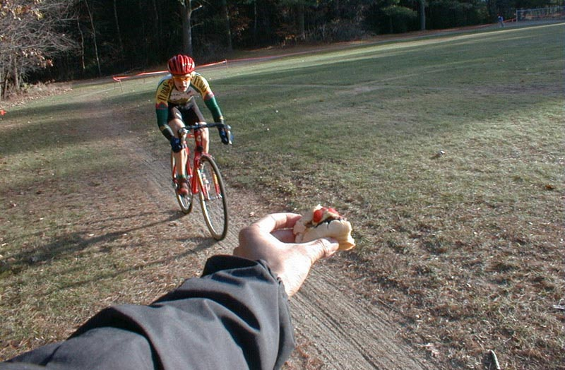 Hand-up, 1998 style at the Frank-N-Horst cyclocross race