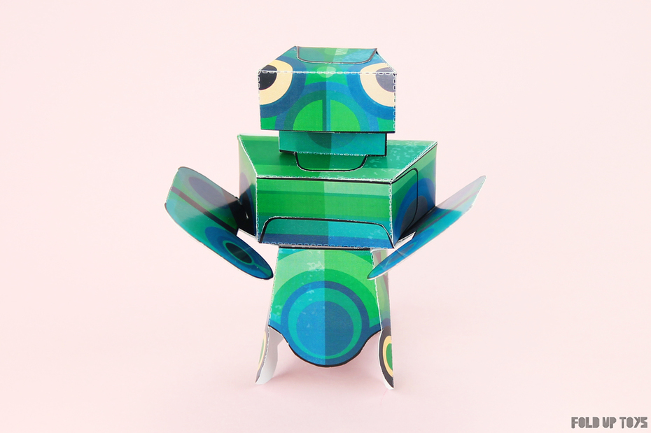 Martian Mantis Paper Toy - Front