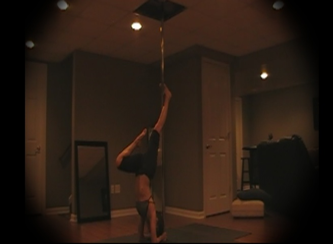 elbow stands w pole