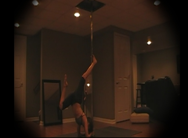 elbow stand bow