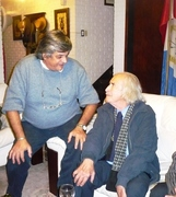 Con el poeta chileno Edmundo Herrea mayo 2011