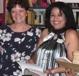 Bauitzando nuestros libros Mi amdrina en letras Escritora OlgaCarrero y yo.