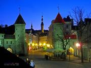 EST Tallinn Viru Vaerav in the night by KWOT
