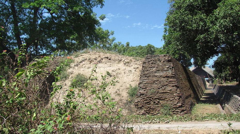跟《馬來紀年》走一帶一路·望加錫松巴奧普堡