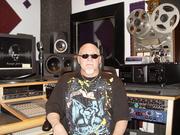 studio equipment 009