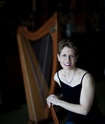 Anne Roos and her Celtic Harp