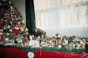 Christmas Tree & Nativity Scene