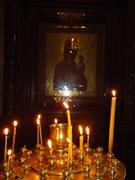 ლოცვისთვის ანთებული სანთელი
