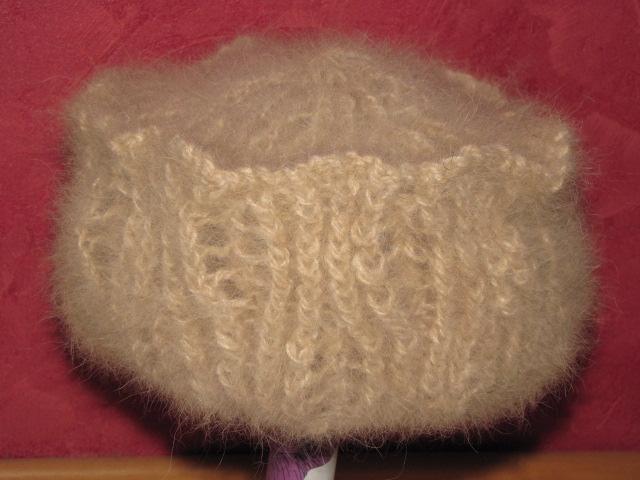 Hut aus Hundewolle