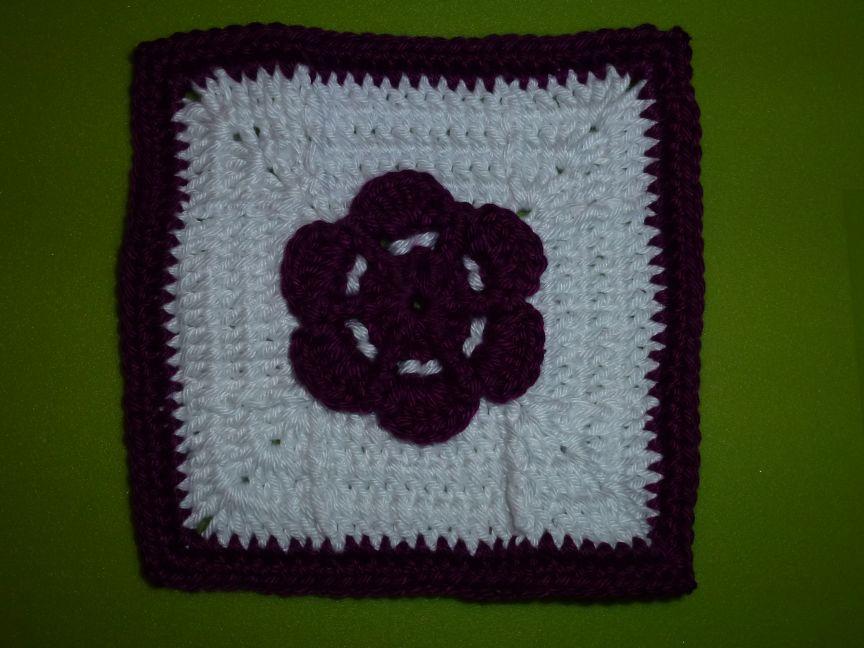 15.11.2.014 Grace-Adia Flower