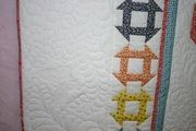 Detail - outer border quilting
