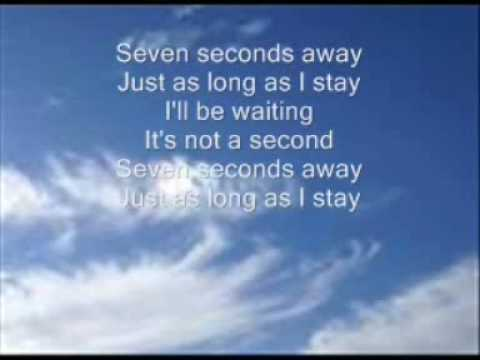 Youssou N'Dour & Neneh Cherry - seven seconds away (lyrics)