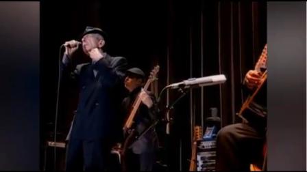 Leonard Cohen Bio