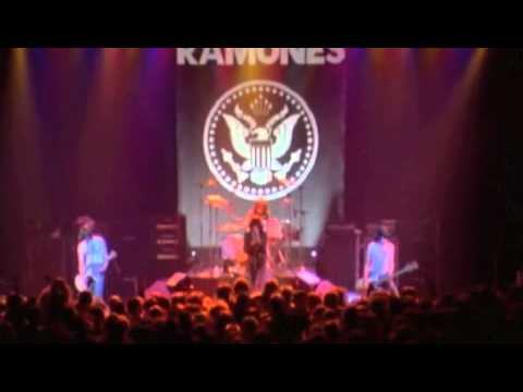 Ramones - It´s Alive - The Rainbow - 1977 - Complete