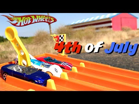 HOT WHEELS TOURNAMENT Fourth of July! AWESOME Red, White & Blue Hot Wheels Race! EGG SURPRISE Trophy