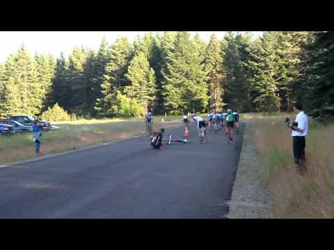 Raleigh' s Midsummer Night's Cyclocross Race 2011 - Men's Start and Crash