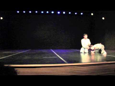 Fernanda C. Leite e Lindon Shimizu - Contato Improvisação