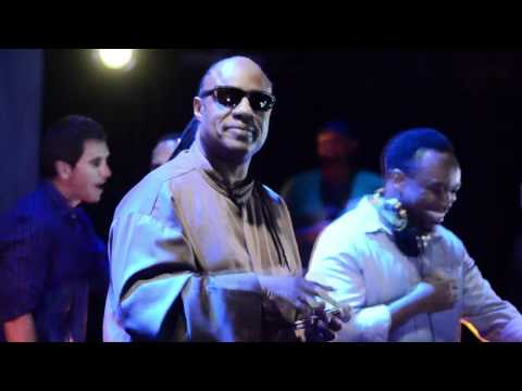 Stevie Wonder Surprise Appearance at 6th Annual Wonder-FULL LA w/ DJ Spinna [part 1]