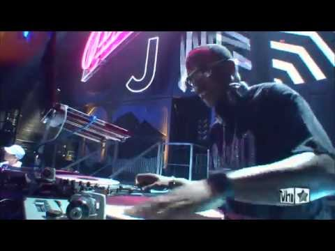 The Roots, DJ Jazzy Jeff & Eminem 'Rock the Bells'
