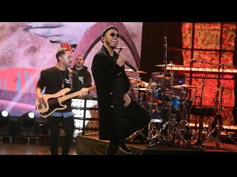 Anderson .Paak Performs 'Am I Wrong' with His Son on The Ellen Show