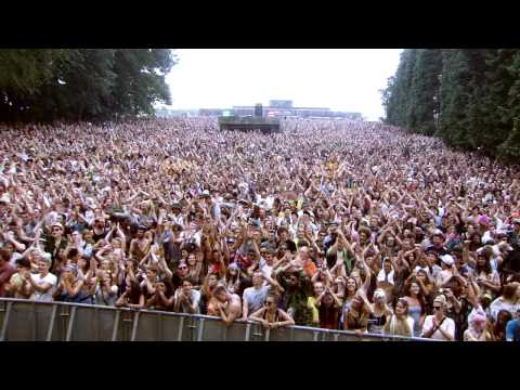 The Wailers - Three Little Birds / One Love (Live at BoomTown Fair 2014)