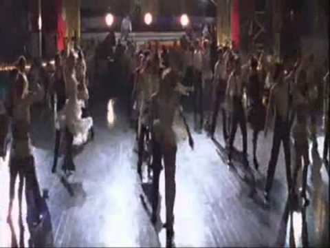 Moulin Rouge - The Show Must Go On