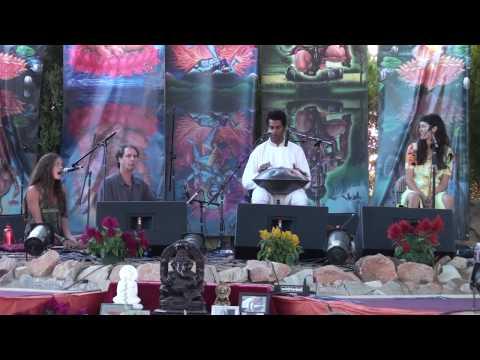 Hang Drum @ Bhakti fest 09 part 2 ~ Masood Ali Khan~Sri Krishna Govinda