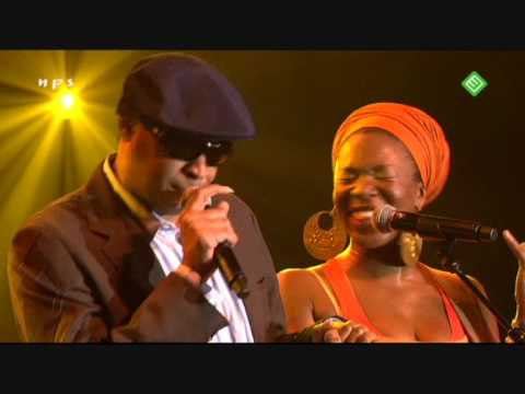 India Arie - 'Back to the Middle' (feat. Raul Midon) Live 2007