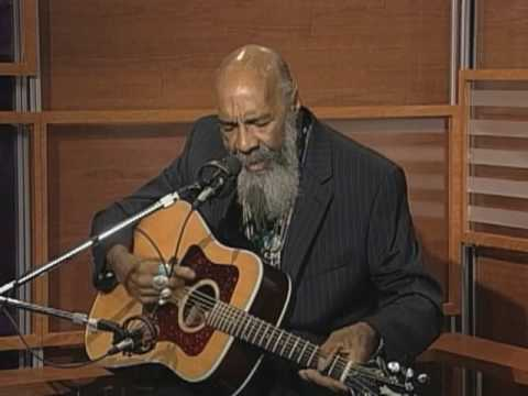 "Richie Havens Sings ""Here Comes the Sun"""
