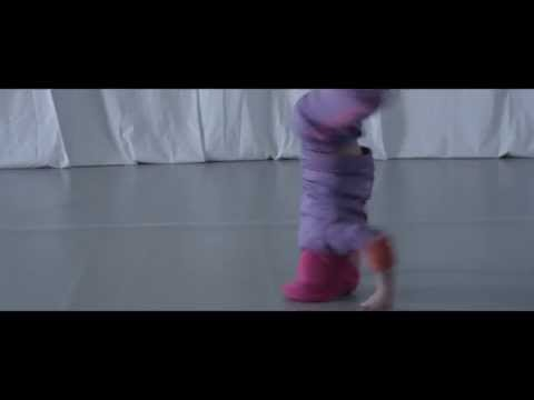 Outstanding Dance Moves From A 6-Year-Old B-Girl