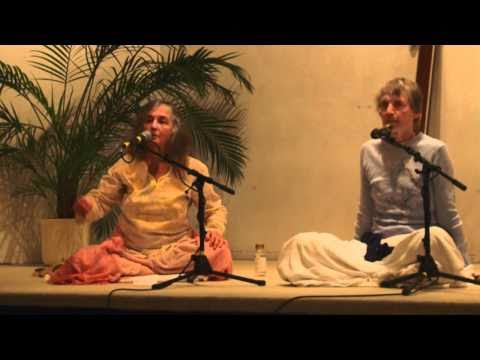 Yoga Talk with Narayani Part 2 - Zweiter Yoga Vortrag mit Narayani English-Deutsch Part 2 of 4