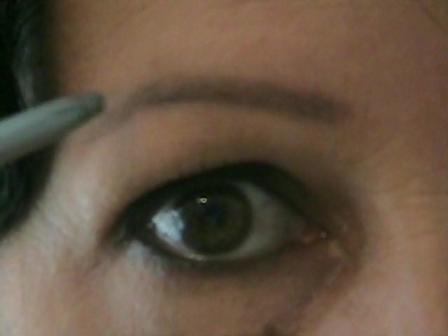 Cheryn's Eyebrow Make-up Application Video