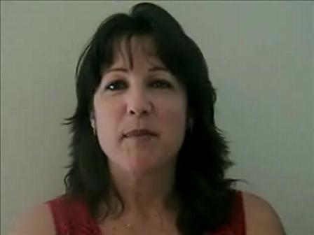 Cheryn's Natural Looking False Eyelashes Application Video