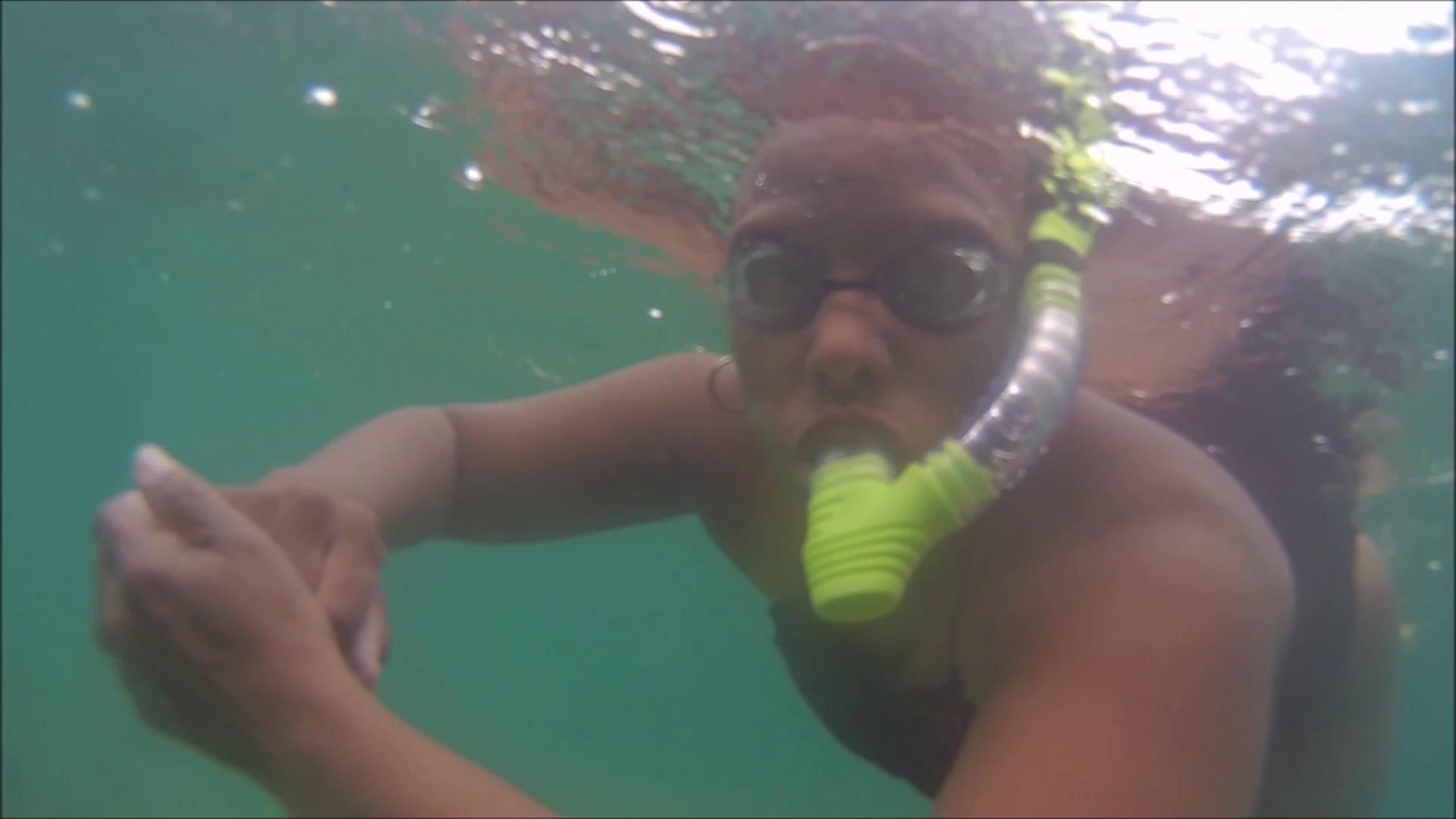 Snorkeling play