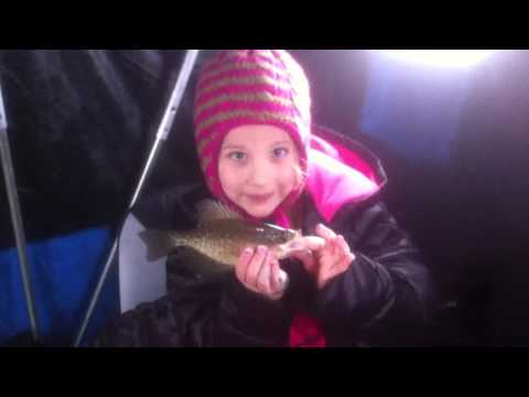 Crappie fishing with daughter March 2016