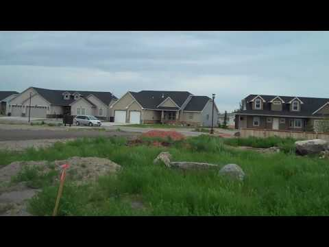 Visiting the Biggest Boom Town in U.S. Williston, ND June,2010.mp4
