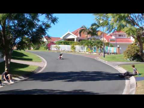 Longboarding: Skate Date With Mates